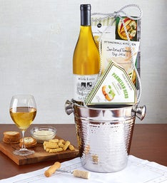 30% off Wine Gift Baskets at 1-800-BASKETS.com