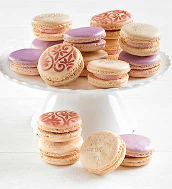 Diamonds & Rose 15 pc Macarons Asst