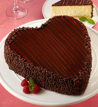 Juniors Heart-Shaped Cheesecake
