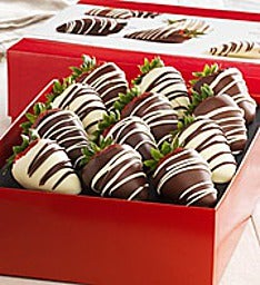 Chocolate Dipped Strawberries 12 Ct