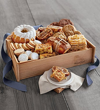 Harry & David® Signature Bakery Basket